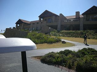 Cathedral Peak Golf Club (Durban South West)